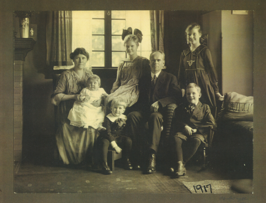 Fred and Kathrine Kettenring with Children Circa 1917